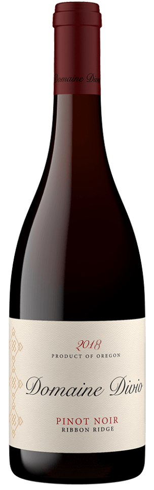 A bottle shot of the 2018 Domaine Divio Ribbon Ridge Pinot Noir